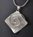 Plaza With a Twist - Pendentif Argent